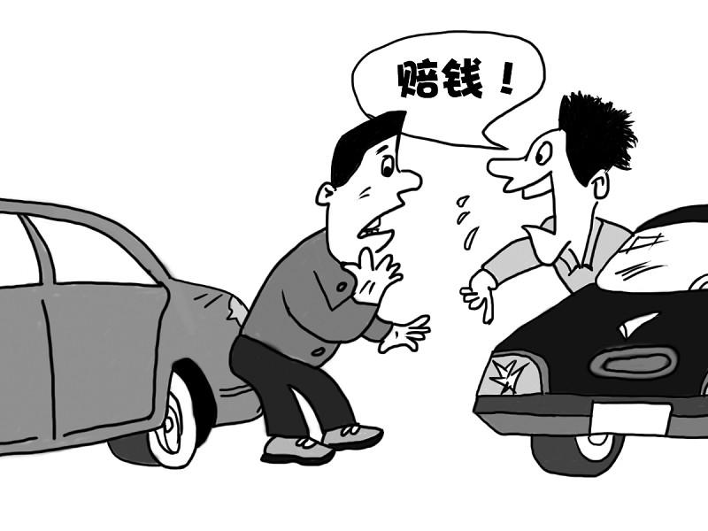江苏无锡广益汽配城 汽车行车记录仪受追捧