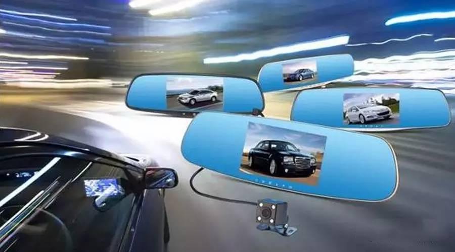 专做行业高端产品,2016年新推出的无屏行车记录仪,融合的手机app功能